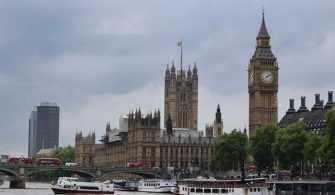 Birleşik Krallık'ta İşletmelerin Yüzde 17'si İflas Riskiyle Karşı Karşıya